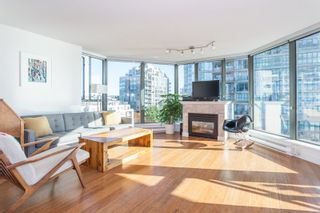 """Photo 2: 801 1088 QUEBEC Street in Vancouver: Mount Pleasant VE Condo for sale in """"The Viceroy"""" (Vancouver East)  : MLS®# R2206969"""