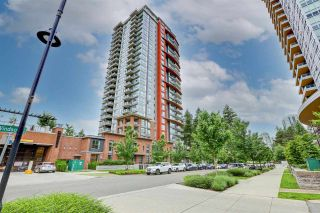 """Photo 4: 104 3096 WINDSOR Gate in Coquitlam: New Horizons Townhouse for sale in """"MANTYLA"""" : MLS®# R2589621"""