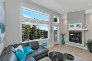 Photo 10: 2112 Echo Valley Crt in VICTORIA: La Bear Mountain House for sale (Langford)  : MLS®# 835013