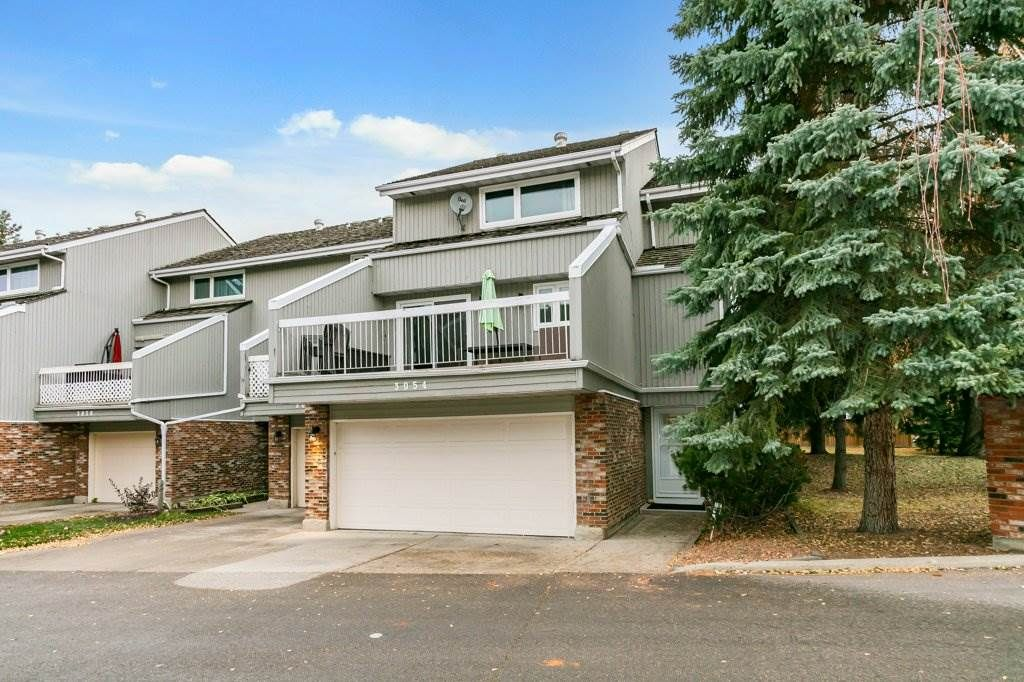 Main Photo: 3054 108 Street in Edmonton: Zone 16 Townhouse for sale : MLS®# E4228710