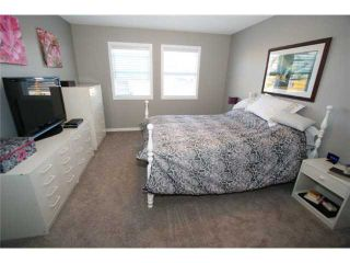 Photo 13: 225 SUNSET Common: Cochrane Residential Attached for sale : MLS®# C3590396