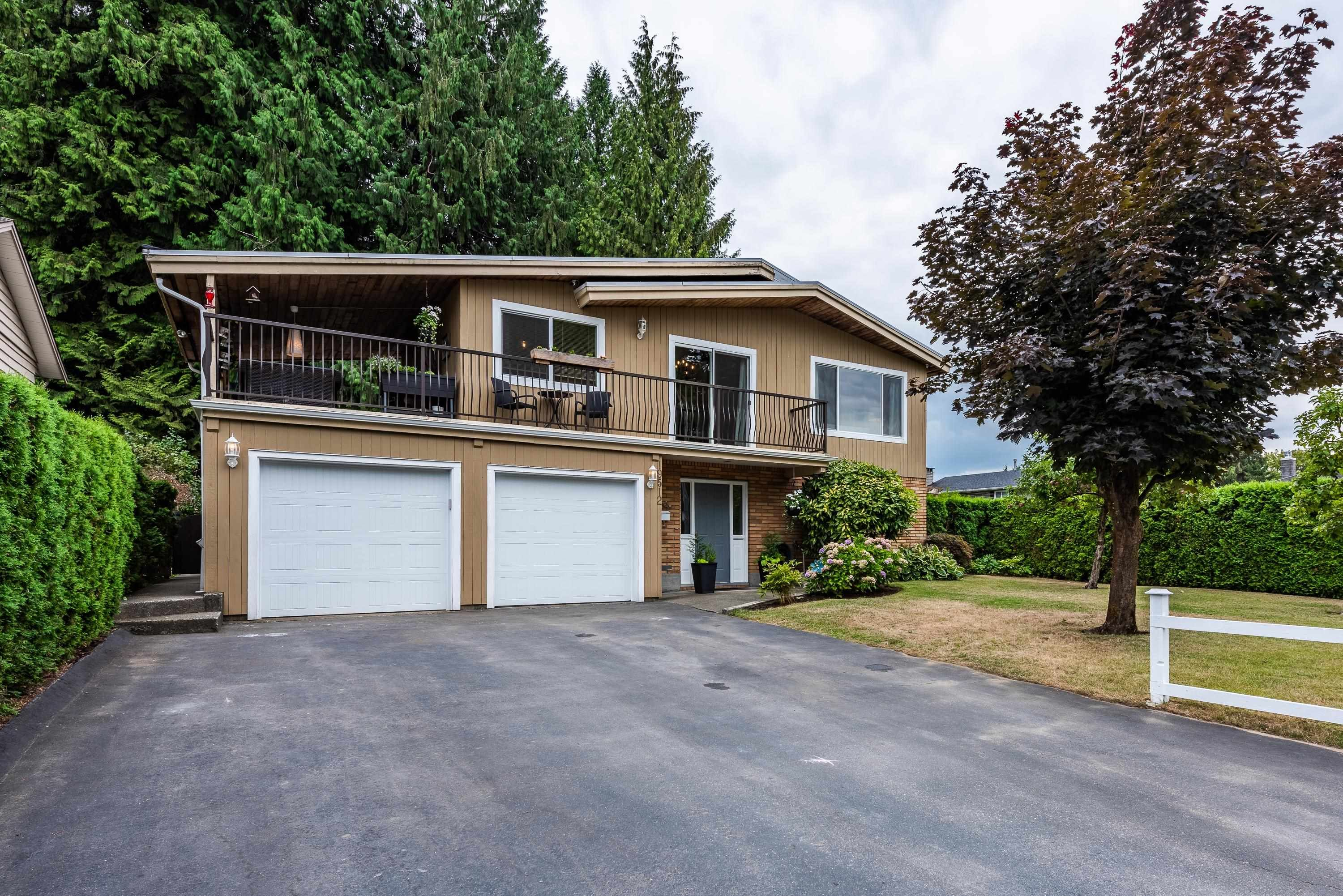 Main Photo: 19512 120 Avenue in Pitt Meadows: Central Meadows House for sale : MLS®# R2611017