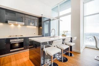 """Photo 10: PH7 777 RICHARDS Street in Vancouver: Downtown VW Condo for sale in """"TELUS GARDEN"""" (Vancouver West)  : MLS®# R2621285"""