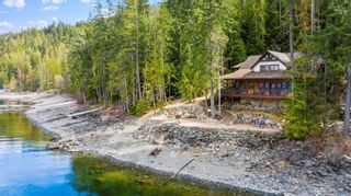 Photo 4: 7201 900 Forest Road, in Eagle Bay: House for sale : MLS®# 10229627
