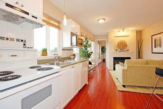 Photo 5: PH19 760 Kingsway in Vancovuer: Fraser VE Condo for sale (Vancouver East)  : MLS®# V930623