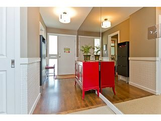"""Photo 3: 1072 LILLOOET Road in North Vancouver: Lynnmour Townhouse for sale in """"LILLOOET PLACE"""" : MLS®# V1048162"""
