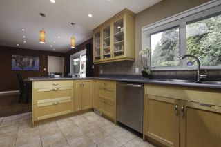 Photo 9: 923 PLYMOUTH Drive in North Vancouver: Windsor Park NV House for sale : MLS®# R2252737