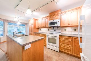"Photo 2: 310 CHESTNUT Avenue: Harrison Hot Springs House for sale in ""HARRISON HOT SPRINGS"" : MLS®# R2413831"