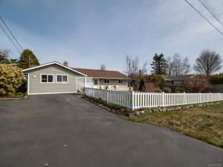 Photo 2: 332 Parkway Rd in CAMPBELL RIVER: CR Willow Point House for sale (Campbell River)  : MLS®# 837514