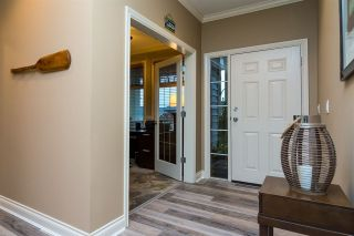 Photo 3: 6870 199A Street in Langley: Willoughby Heights House for sale : MLS®# R2231673