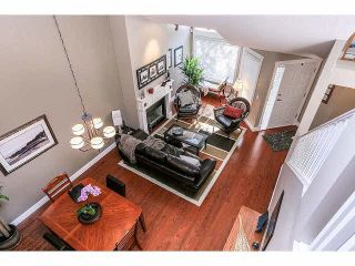 """Photo 7: 15053 27A Avenue in Surrey: Sunnyside Park Surrey Townhouse for sale in """"DAVENTRY"""" (South Surrey White Rock)  : MLS®# F1421884"""