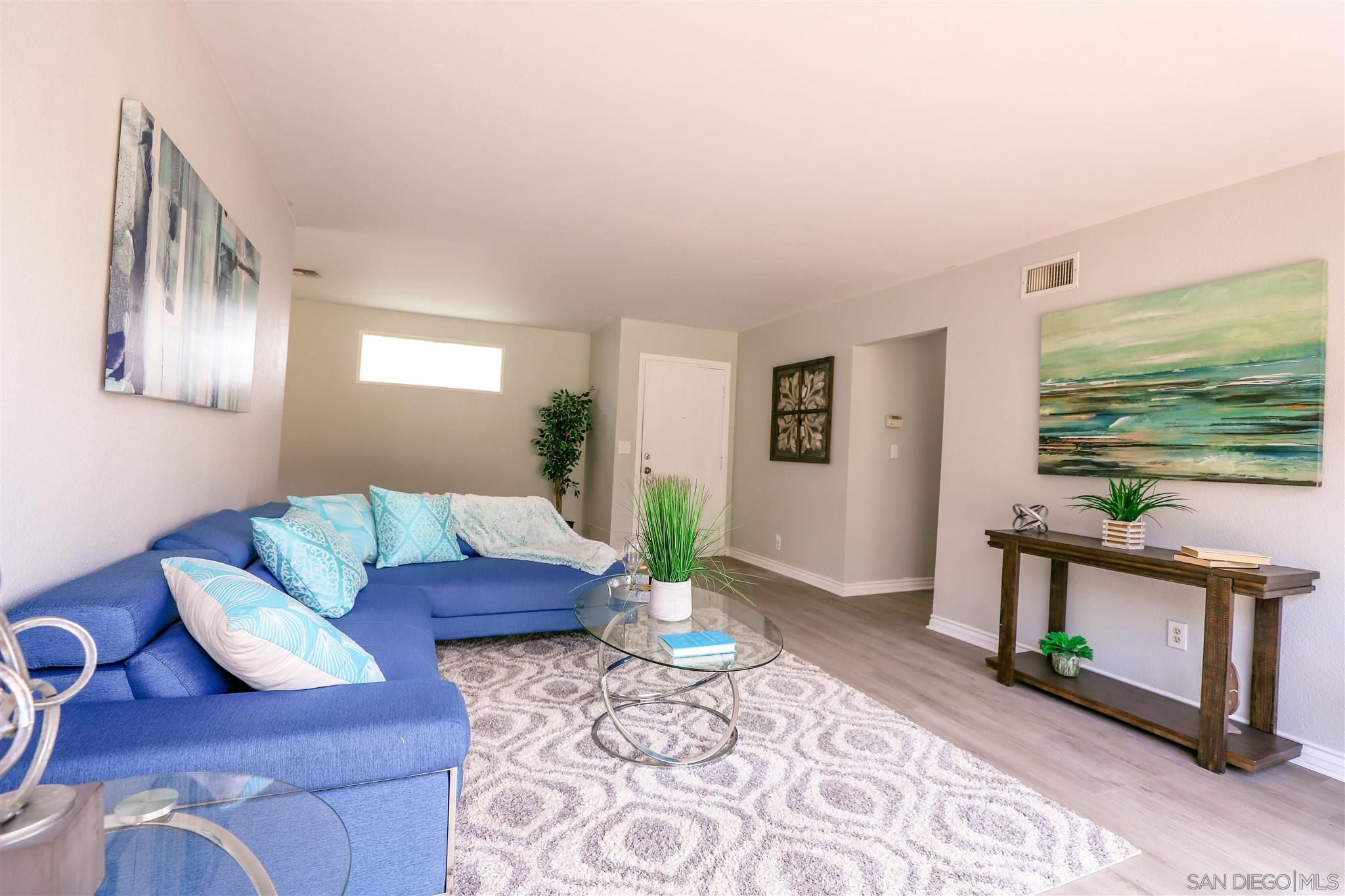 Main Photo: DEL CERRO House for sale : 3 bedrooms : 5355 Fontaine St in San Diego