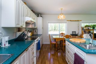 Photo 10: 7955 SUTLEY Road in Prince George: Pineview Manufactured Home for sale (PG Rural South (Zone 78))  : MLS®# R2616713