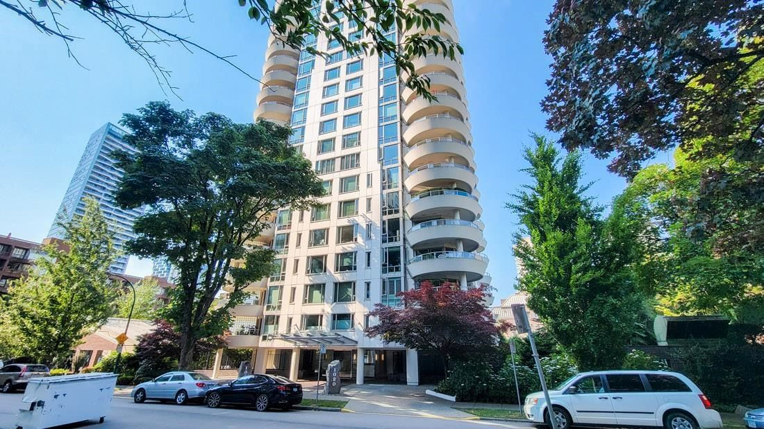 """Main Photo: 1402 1020 HARWOOD Street in Vancouver: West End VW Condo for sale in """"Crystalis"""" (Vancouver West)  : MLS®# R2598262"""