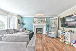 """Photo 3: 35329 SANDYHILL Road in Abbotsford: Abbotsford East House for sale in """"Westview"""" : MLS®# R2490842"""