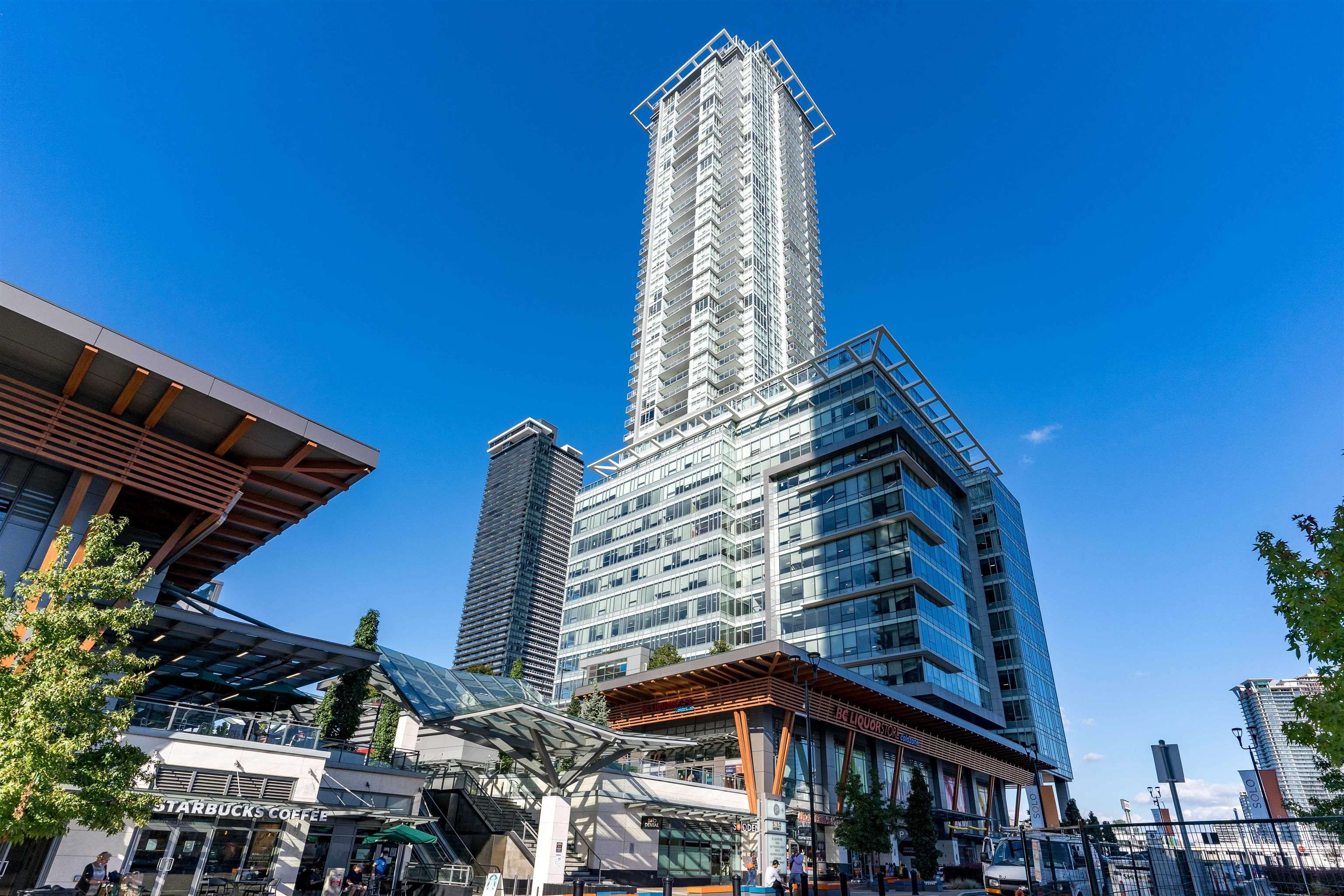 """Main Photo: 2703 4485 SKYLINE Drive in Burnaby: Brentwood Park Condo for sale in """"SOLO DISTRICT 2 - ALTUS"""" (Burnaby North)  : MLS®# R2617885"""