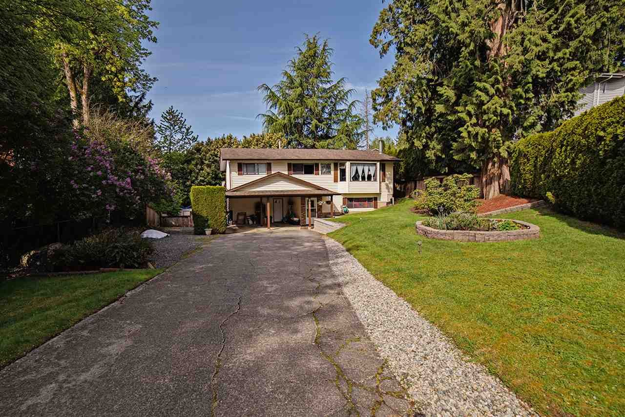Photo 1: Photos: 8045 CARIBOU STREET in Mission: Mission BC House for sale : MLS®# R2059523