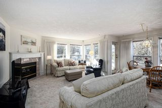 Photo 7: 203 9945 Fifth St in : Si Sidney North-East Condo for sale (Sidney)  : MLS®# 866433