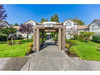 """Photo 1: 404 15991 THRIFT Avenue: White Rock Condo for sale in """"Arcadian"""" (South Surrey White Rock)  : MLS®# R2505774"""