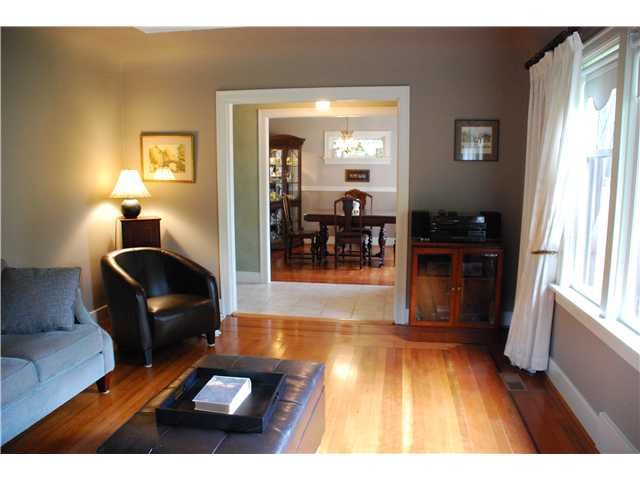 Photo 3: Photos: 1434 LONDON Street in New Westminster: West End NW House for sale : MLS®# V915226