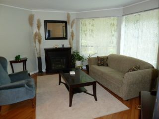 Photo 7: 203 1350 Vidal Street in Seapark East: Home for sale : MLS®# F1118145