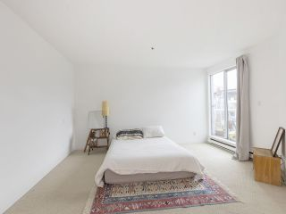 """Photo 24: 406 1551 MARINER Walk in Vancouver: False Creek Condo for sale in """"LAGOONS"""" (Vancouver West)  : MLS®# R2548149"""