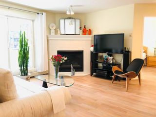 Photo 10: 302 10 Sierra Morena Mews SW in Calgary: Signal Hill Apartment for sale : MLS®# A1057914
