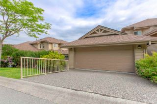 """Photo 1: 50 2979 PANORAMA Drive in Coquitlam: Westwood Plateau Townhouse for sale in """"DEERCREST"""" : MLS®# R2377827"""