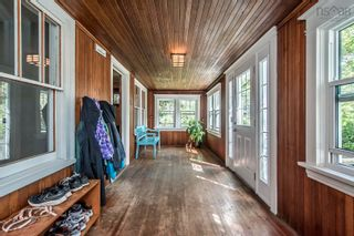 Photo 3: 441 St Margarets Bay Road in Halifax: 8-Armdale/Purcell`s Cove/Herring Cove Residential for sale (Halifax-Dartmouth)  : MLS®# 202123173