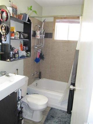 Photo 16: 1133 I Avenue South in Saskatoon: Holiday Park Residential for sale : MLS®# SK847411