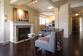 Photo 3: 1805 NAPIER Street in Vancouver East: Home for sale : MLS®# V767152