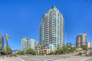 "Photo 1: 904 188 E ESPLANADE Avenue in North Vancouver: Lower Lonsdale Condo for sale in ""The Pier on Esplanade"" : MLS®# R2516344"