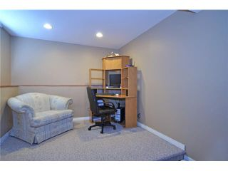 Photo 12: 712 Hunterplain Hill NW in Calgary: Huntington Hills Residential Detached Single Family for sale : MLS®# C3467636