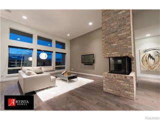 Photo 5: 30 CASSELMAN Crescent in Oak Bluff: Brunkild / La Salle / Oak Bluff / Sanford / Starbuck / Fannystelle Residential for sale (Winnipeg area)  : MLS®# 1529204