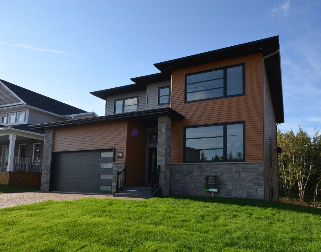 Photo 2: Photos: : Residential for sale
