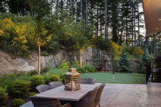 Photo 4: 2180 Champions Way in : La Bear Mountain House for sale (Langford)  : MLS®# 878618