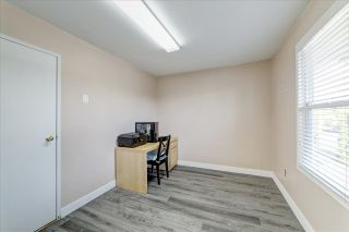 Photo 15: 1903 COMO LAKE Avenue in Coquitlam: Harbour Place House for sale : MLS®# R2463988