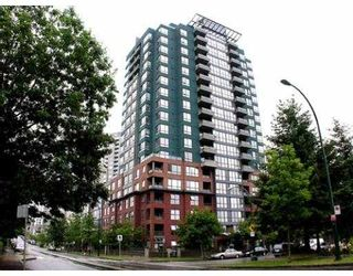 """Photo 1: 407 5288 MELBOURNE Street in Vancouver: Collingwood VE Condo for sale in """"EMERALD PARK PLACE"""" (Vancouver East)  : MLS®# V659931"""