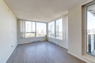 "Photo 5: 1707 6658 DOW Avenue in Burnaby: Metrotown Condo for sale in ""Moda by Polygon"" (Burnaby South)  : MLS®# R2463781"