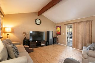 Photo 18: MIRA MESA House for sale : 4 bedrooms : 8055 Flanders Dr in San Diego