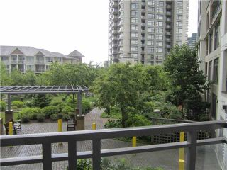 "Photo 2: 215 3660 VANNESS Avenue in Vancouver: Collingwood VE Condo for sale in ""Circa"" (Vancouver East)  : MLS®# V897304"
