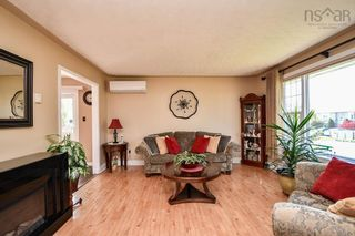 Photo 4: 104 Shrewsbury Road in Dartmouth: 16-Colby Area Residential for sale (Halifax-Dartmouth)  : MLS®# 202125596