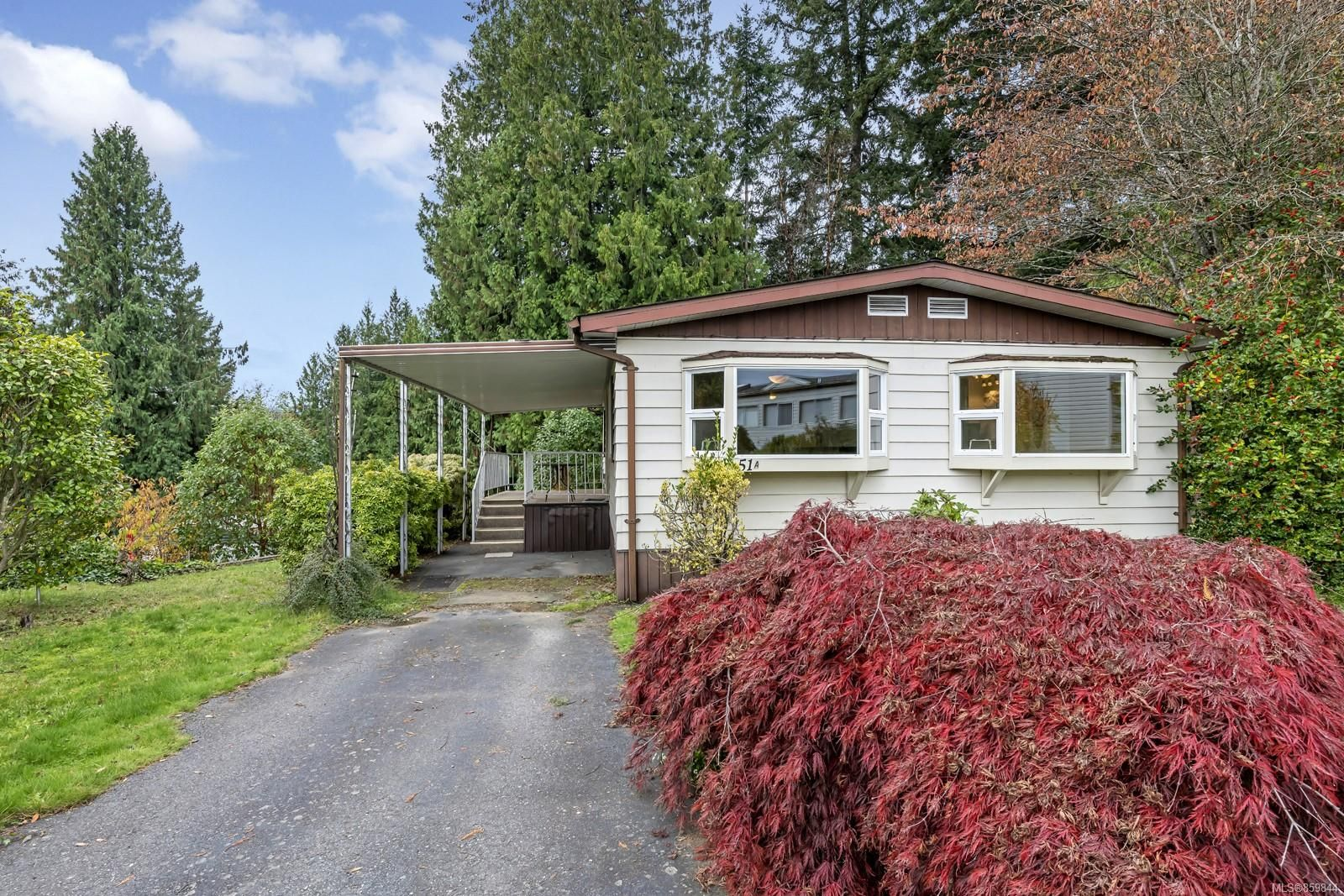 Main Photo: 51A 1000 Chase River Rd in : Na South Nanaimo Manufactured Home for sale (Nanaimo)  : MLS®# 859844