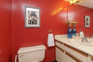 Photo 17: 111 10459 Resthaven Dr in : Si Sidney North-East Condo for sale (Sidney)  : MLS®# 877016