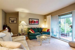 """Photo 3: 8 22538 116 Avenue in Maple Ridge: East Central Townhouse for sale in """"POOLSIDE VILLAS"""" : MLS®# R2413715"""