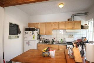 Photo 4: 2477 W 3RD Avenue in Vancouver: Kitsilano House for sale (Vancouver West)  : MLS®# R2123777