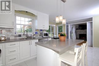 Photo 9: 720 LINCOLN Avenue in Niagara-on-the-Lake: House for sale : MLS®# 40142205