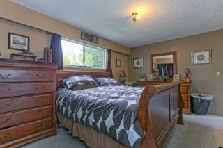 Photo 7: 20107 28 Avenue in Langley: Brookswood Langley House for sale : MLS®# R2243333