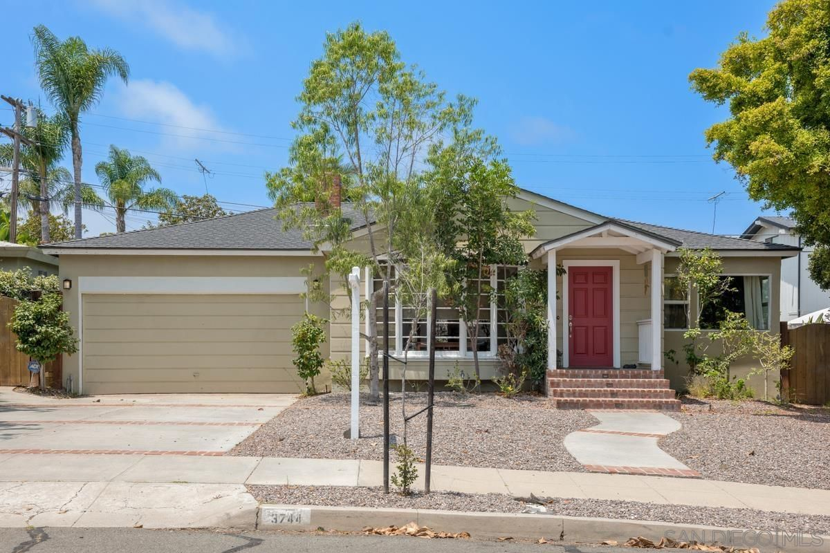 Main Photo: POINT LOMA House for sale : 3 bedrooms : 3744 Poe St. in San Diego