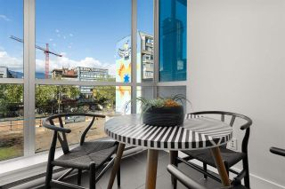 Photo 1: 404 33 W PENDER Street in Vancouver: Downtown VW Condo for sale (Vancouver West)  : MLS®# R2588792
